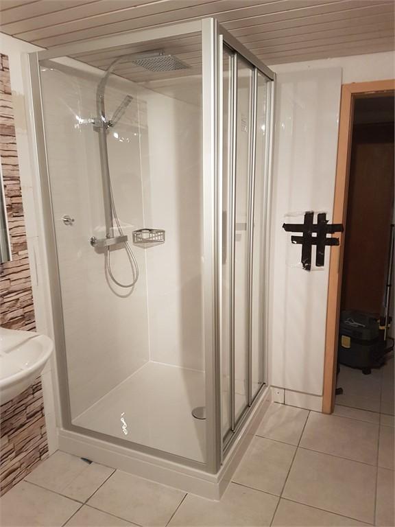 badewanne raus dusche rein badewell. Black Bedroom Furniture Sets. Home Design Ideas